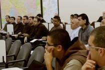 Padres participam de palestra sobre Segurança em Redes Sociais na Cúria Diocesana