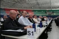 Dom Fernando Figueiredo e Dom José Negri na 53ª Assembleia Geral da CNBB