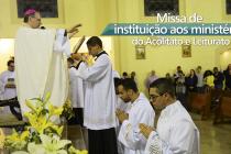Catorze seminaristas são instituídos dos ministérios do leitorato e acolitato