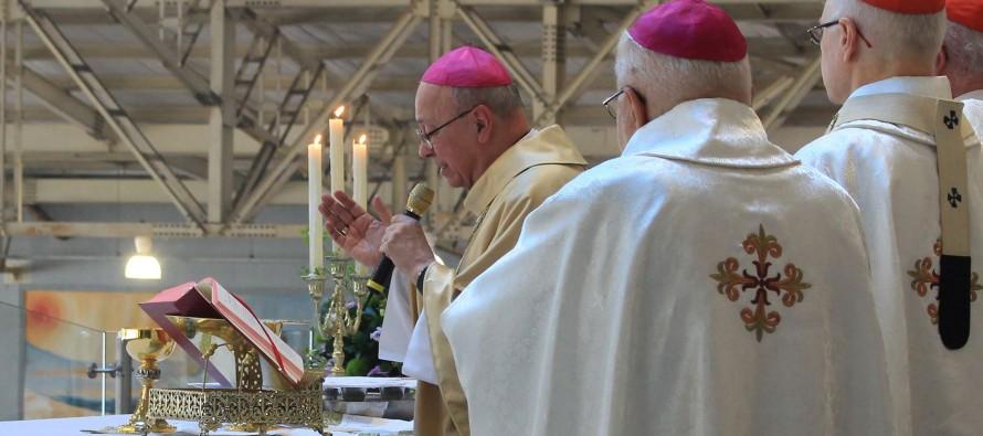 Jubileu de Ouro de Dom Fernando é celebrado no Santuário Mãe de Deus