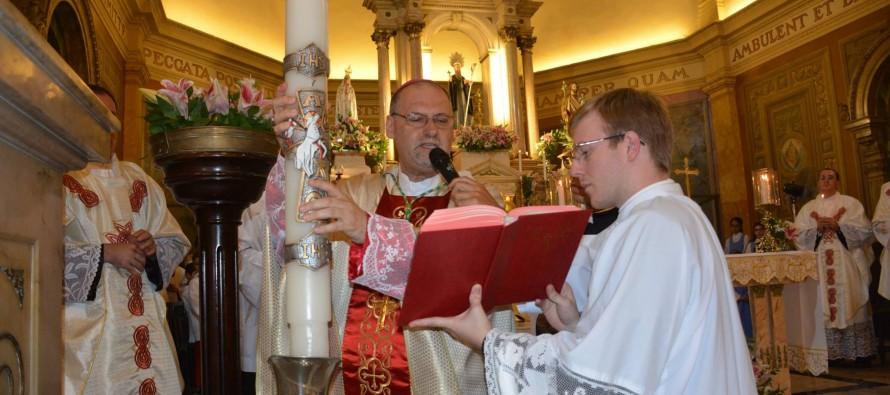 Celebração da Vigília Pascal na Catedral