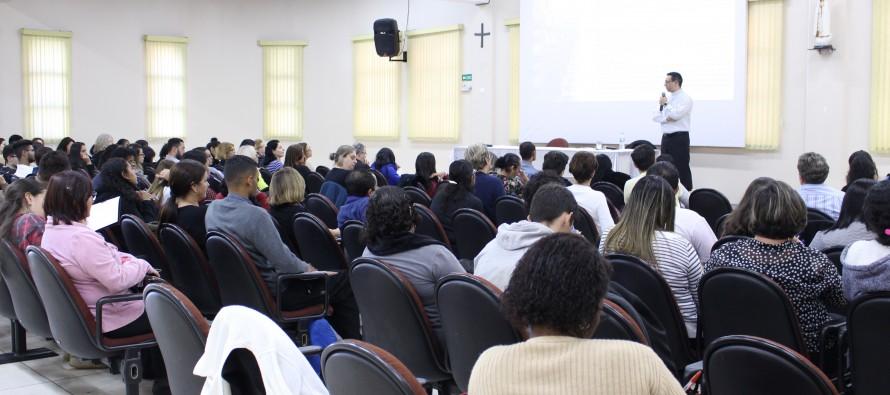 Secretários paroquiais participam de formação na Cúria Diocesana