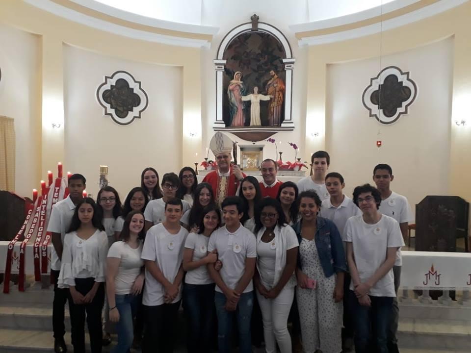 Colégio Jesus Maria e José com jovens da Catedral