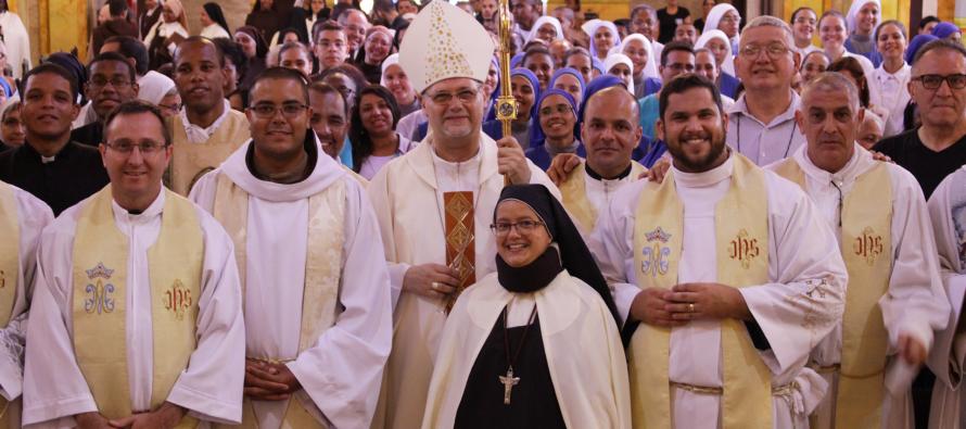 Religiosos celebram o Dia da Vida Consagrada com Missa na Catedral