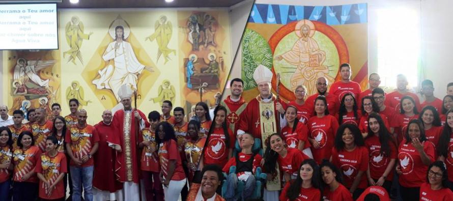Jovens são crismados em duas paróquias do setor Pedreira