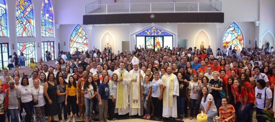 Dom José celebra a eucaristia no retiro dos catequistas